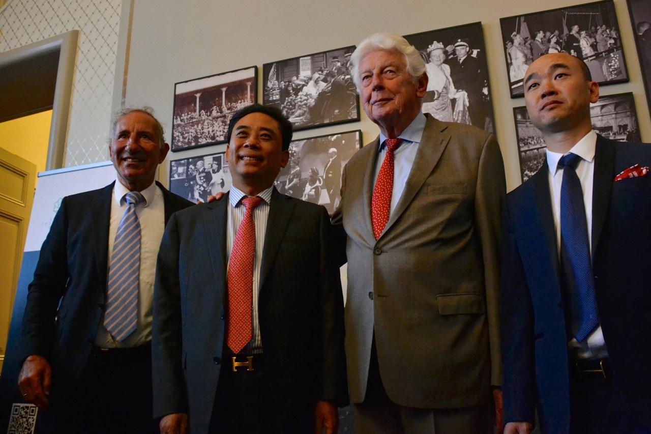 Wim Kok and Tangguo