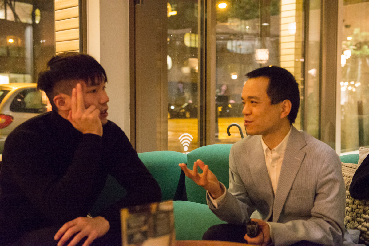 Left: filmdirector Jun Li, right: interviewer Hong Tong Wu (Photographer: Tammy Chang (CinemAsia))